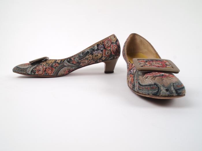 Shoes, Woman's