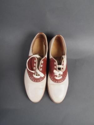 Woman's Saddle Shoes
