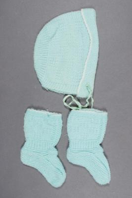 Bonnet and Booties