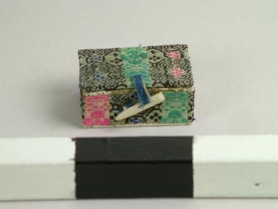 Box With Ivory Lock-pin