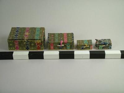 Boxes (4)