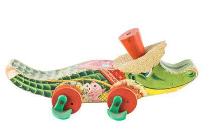 Allie Gator Pull Toy