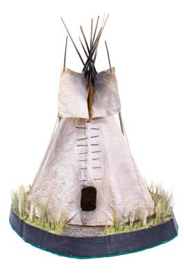 Plains Indian Tipi Diorama, Model
