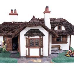 Model, English Cottage