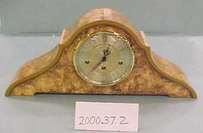 Faux Marble Mantel Clock