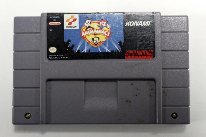 Super Nintendo Entertainment System, Animaniacs Game Cartridge