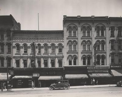 Photograph, North side of Monroe by Campau Square