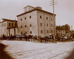 Photograph, Kusterer Brewing Company Brewery