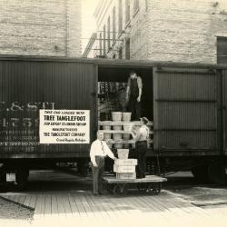 Photograph, Tree Tanglefoot Being Loaded Onto A Boxcar