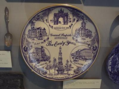 Souvenir Plate, 'early Grand Rapids,' Showing City Hall