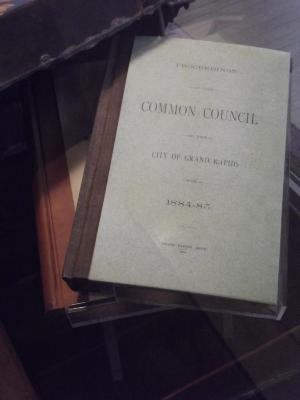 Book, 'proceedings Of The Common Council Of The City Of Grand  Rapids, 1884-85'