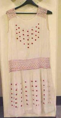 Dress, Day, Sleeveless, Cream-colored With Red Accents