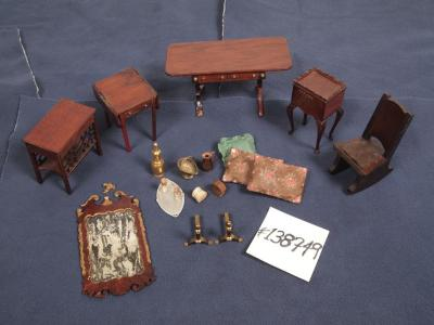 Doll House Furniture (17 Pcs.)