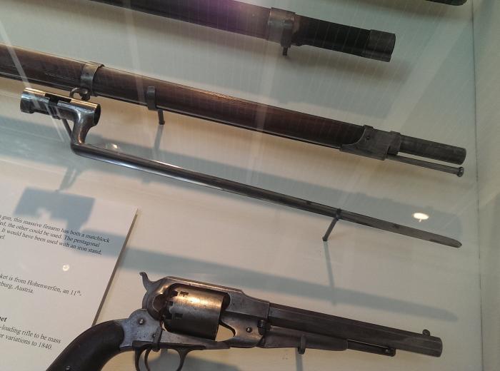 Grand Rapids Public Museum Collections : Artifact : Bayonet