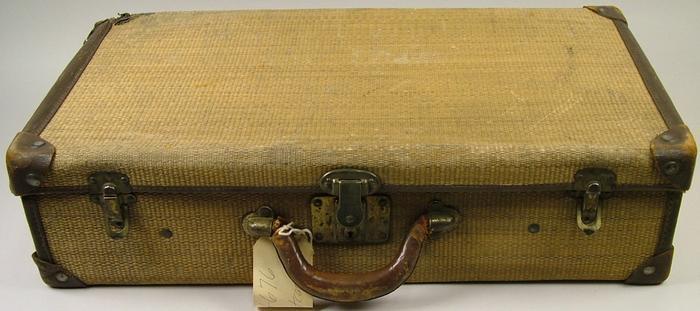Suitcase, Plaited Straw