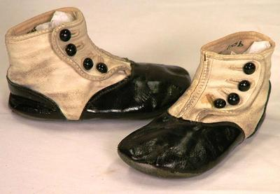Baby Shoes, 1 Pair