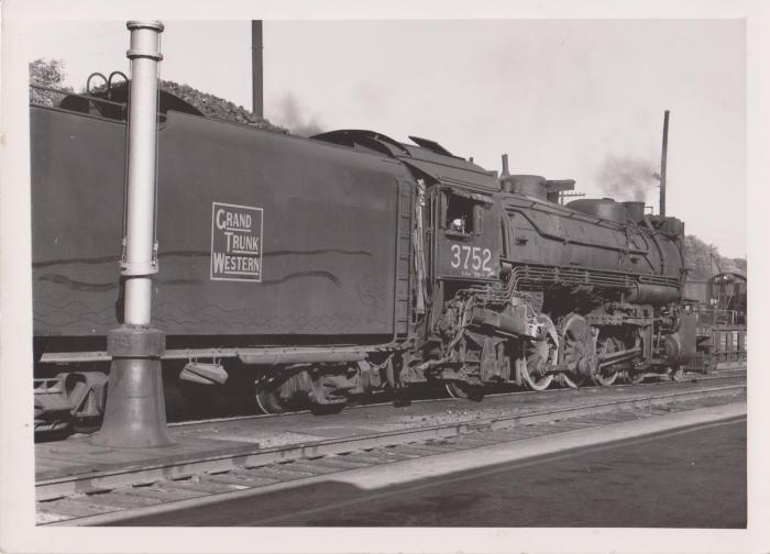 Photograph, Grand Trunk Western Railroad, Engine #3752