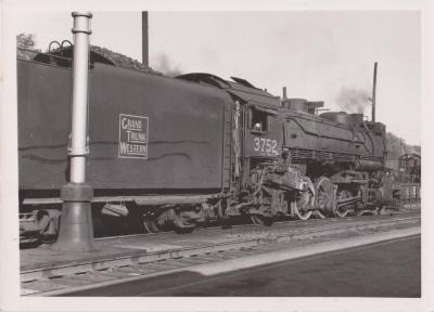 Photograph, Grand Trunk Western Railroad, Engine #3752
