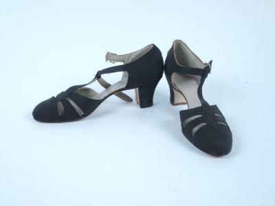 Black Cut-out Toe T-strap Heel